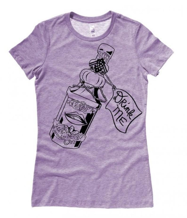 3b3ff15cb9f Yami Kawaii Gothic wonderland t-shirt with Drink Me bottle and