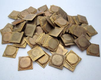 85 pieces solid casted raw brass 15x15mm plaque findings center circle is 11mm destash bulk lot BL244