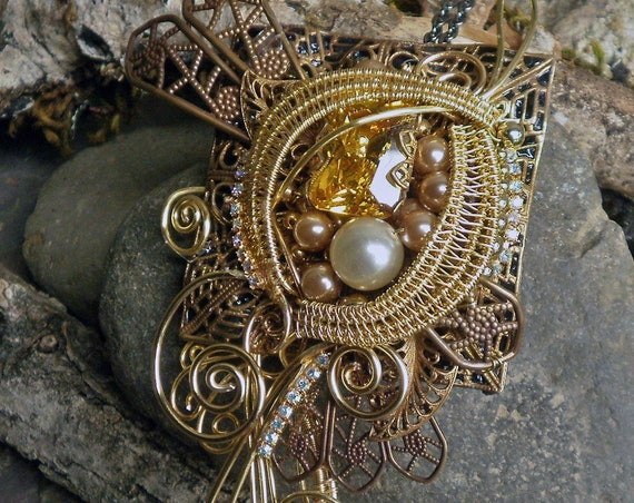 Gothic Steampunk Golden Stone Pin Pendant