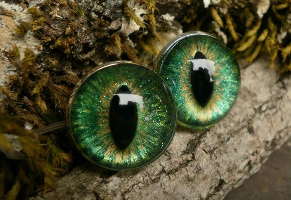 Gothic Steampunk Green Eye Cufflinks in Silverplated Findings