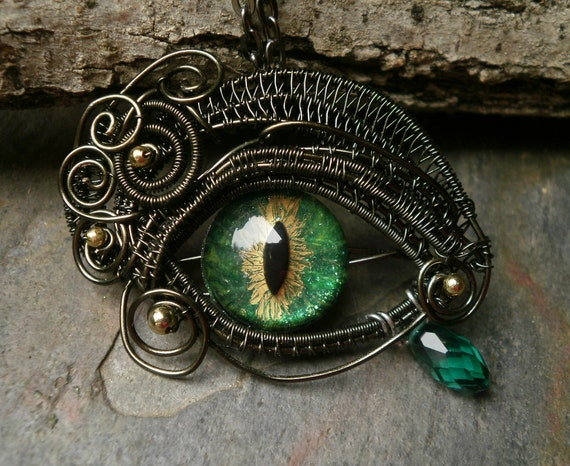 Gothic Steampunk Green Gold Eye Pendant Small Size