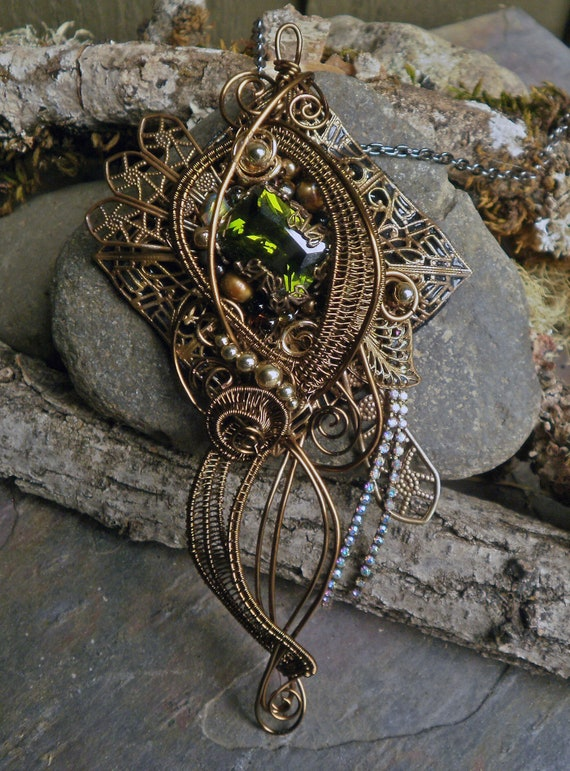 Gothic Steampunk Green Stone Pin Pendant
