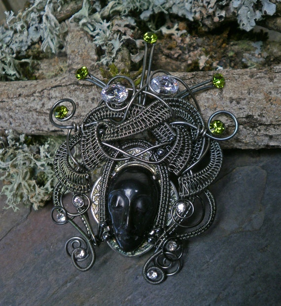 Gothic Steampunk Dark Queen Pin Brooch Pendant