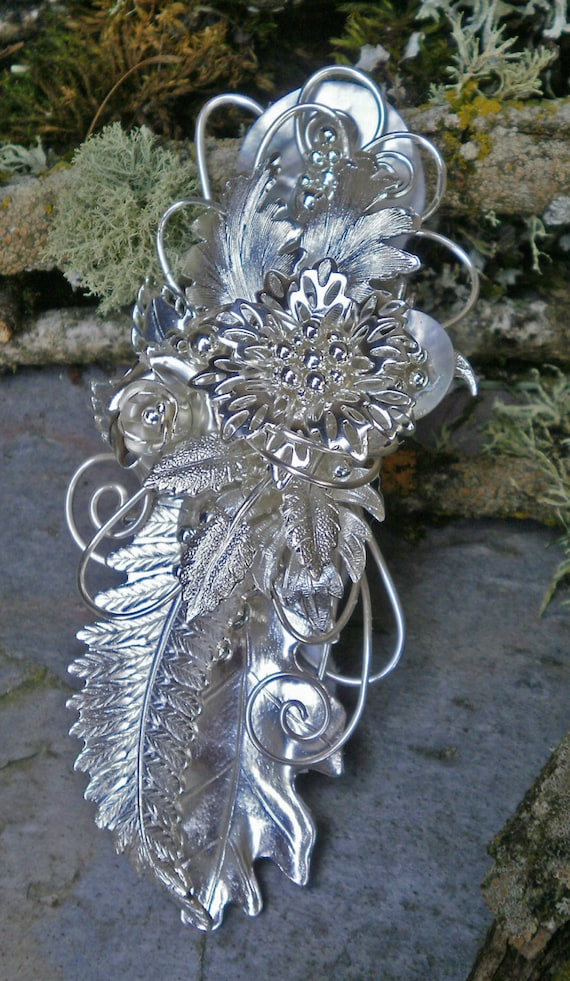 Bright Silver Metal Corsage Pin Brooch