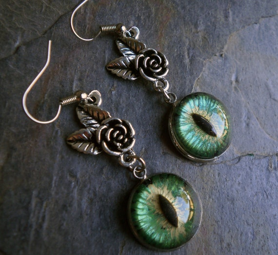 Gothic Steampunk Green Evil Eye Earrring Style 3 The Rose