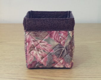 Quilted Fabric Box (TGBX04) Leaves