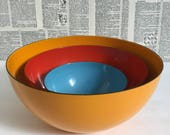 Set of 3 Midcentury Modern vintage Finel enamel bowls Finland Scandinavian Red Orange Blue