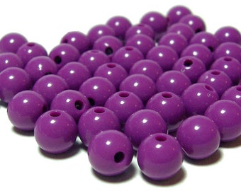 BULK QUANITITES 8mm Smooth Round Acrylic Beads in Red Violet 200 beads
