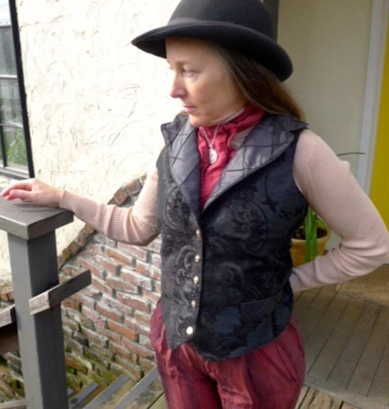 Black on Black Tapestry Steampunk Women or Gentlemen/'s Vest