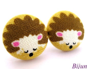 Hedgehog earrings - Brown Hedgehog stud earrings sf695