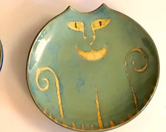 Cheshire cat plate smiling with diabolical grin blue handmade stoneware clay Pottery round dish ceramic food safe glazes