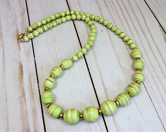 Lime Green Swirl Lucite Bead Necklace - Vintage 80s Jewelry
