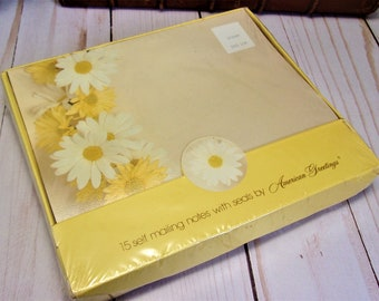 Vintage 70s 1974 Daisy Floral American Greetings self-mailing notes - New and Sealed in original box