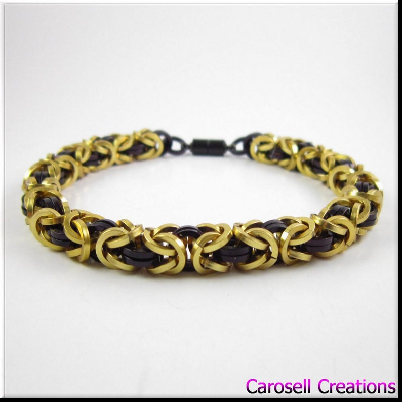 Chainmaille Bracelet Black and Gold Square Cut Byzantine Chain Mail