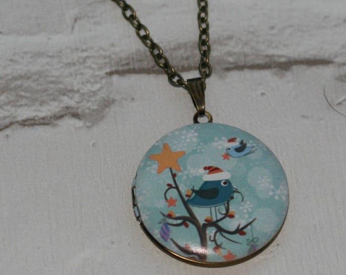Bird Locket Necklace, Bird Necklace, Woodland, Christmas Necklace, Animal Jewelry