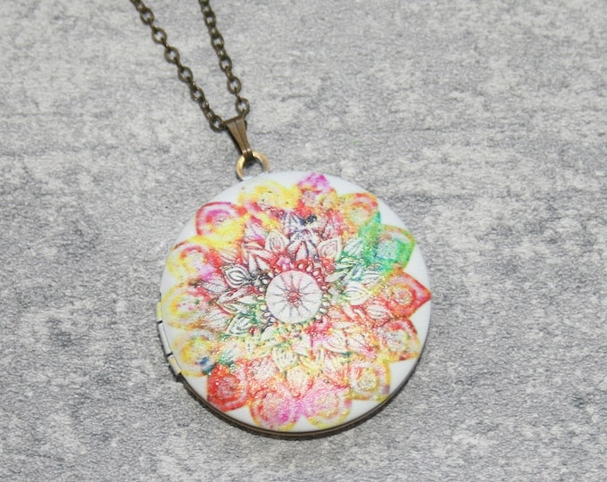 Mandala Locket Necklace, Geometric Necklace, Geometric Jewelry