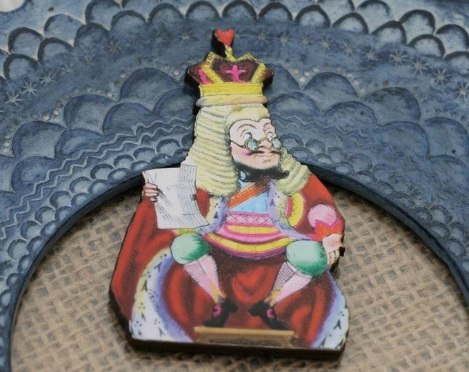 Judge King of Hearts Brooch, Alice in Wonderland Brooch, Tenniel Illustration