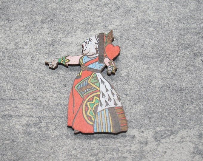 Queen of Hearts Brooch, Alice in Wonderland Brooch