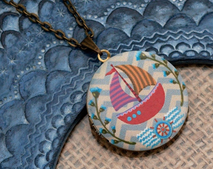 Yacht Locket Necklace, Sail boat Necklace, Nautical Jewellery, Seafaring Pendant, Sailor Gift