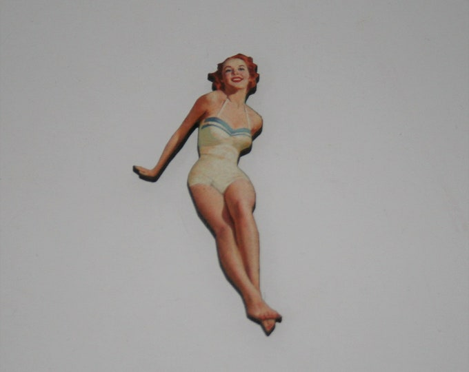 Pinup 1950s Lady Brooch / Badge / Pin, Woman Swimsuit Summer
