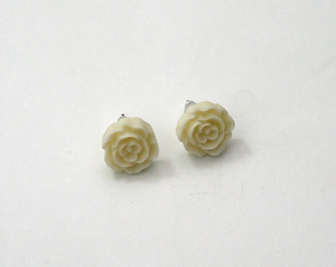 Cream Flower Earrings, Flower Stud Earrings