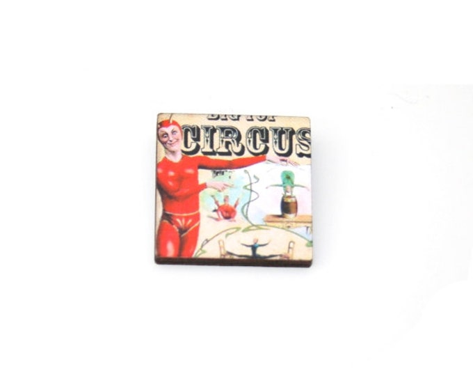 Circus Brooch, Wooden Performer Brooch, Circus Illustration, Wood Jewelry