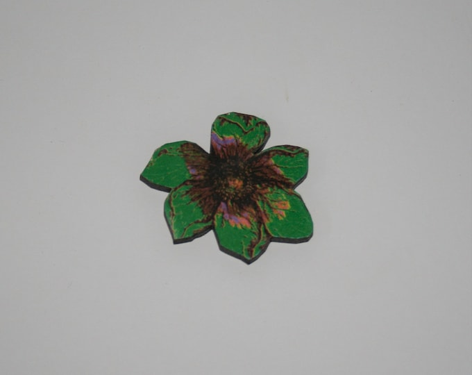Green Flower Brooch, Pretty Badge, Vintage Floral Illustration, Wood Jewelry, Retro Pin