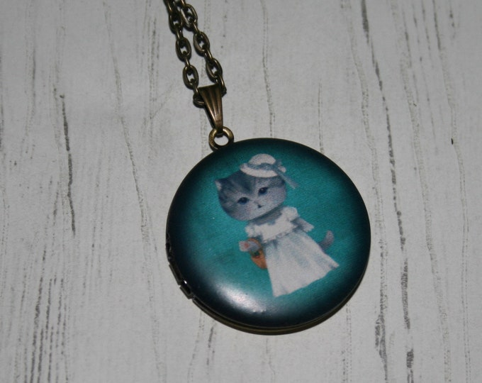 Cat Locket Necklace, Kitten Necklace, Woodland Jewelry