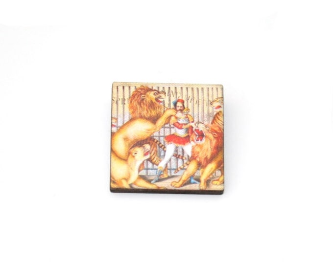 Lion Brooch, Circus Brooch, Wooden Lion Badge, Circus Illustration, Animal Brooch, Wood Jewelry