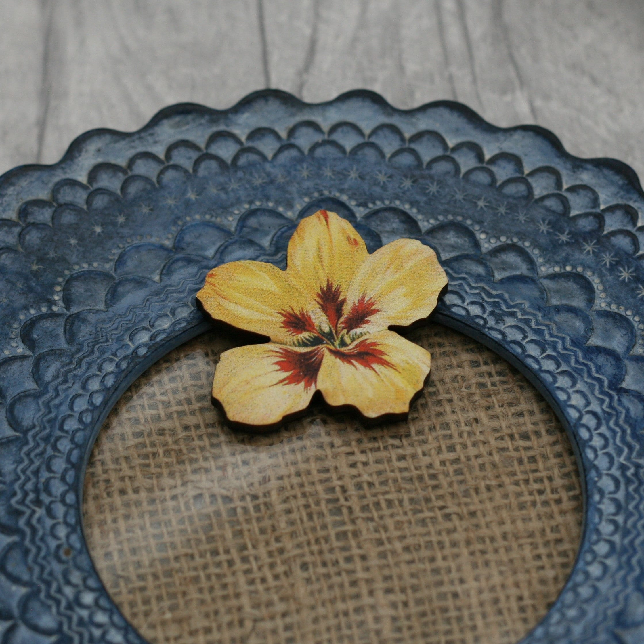 Yellow Flower Brooch Pretty Pansy Badge Vintage Floral