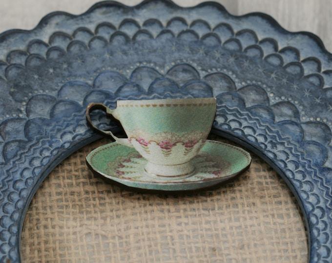 Green Teacup Brooch, Wooden Afternoon Tea Brooch, Teacup Badge, Wood Jewelry