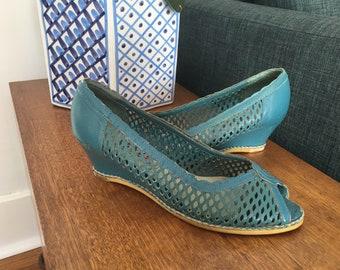 1fa5d7f1ce136 Fayva Brazilian Blue Leather Wedge Sandal Peep Toe Heels - sz 7M