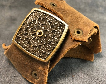 50 % OFF! Brown oiled and waxed leather cuff with large antique brass-finish decorative square piece