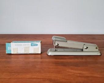 1950s BATES model 56 stapler with original brand staples (more than half full) - home office desk accessory tool Mad Men gift