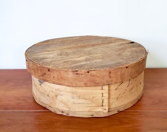 """Old Wood Cheese Box - 15"""" diameter round with lid, unique home storage, country farmhouse decor, rustic, primitive"""