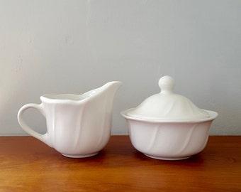 Pflatzgraff sugar bowl and creamer set - Stratus country farmhouse, vintage, off-white white, neutral ceramic, sugar bowl with lid, set of 2