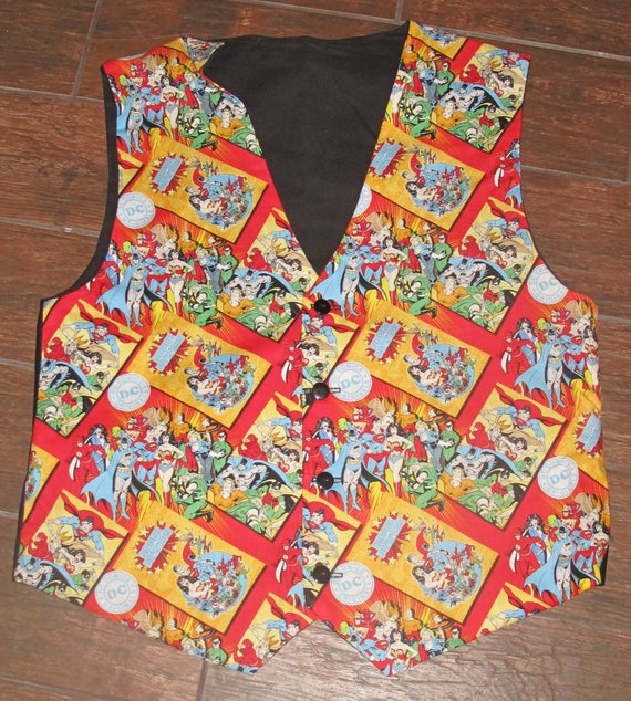 DC Comics Superhero men's sporty red vests with buttons for closure in 8 sizes