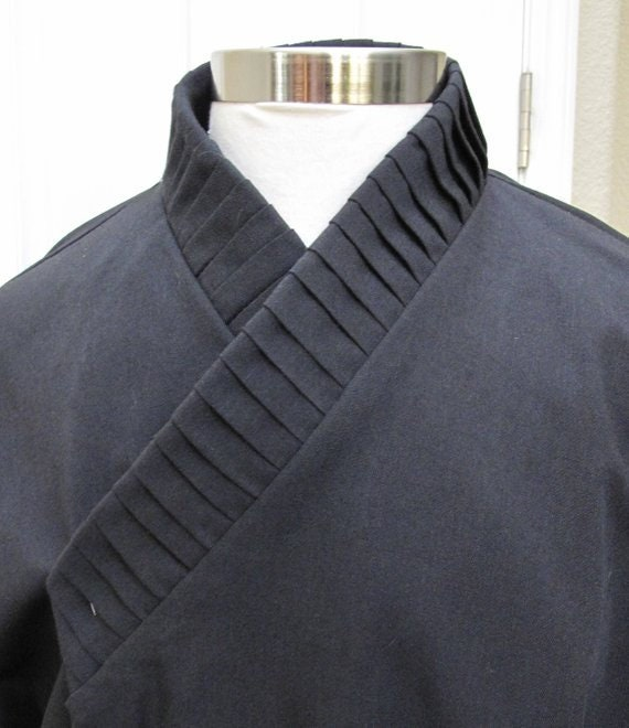 Star Wars Jedi or Sith Shirt with vertical tucks on the collar and ties or elastic around the wrist in several colors and sizes