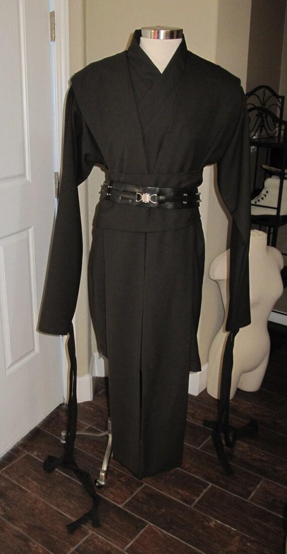 Cosplay undertunic black shirt with ties around wrist, tabards & sash, 4 pieces