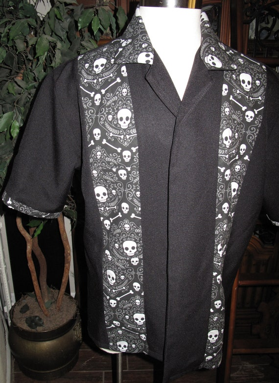 Day Of the Dead,Dia de los Muertos,Guayabera White Skulls style Men's short sleeve shirt
