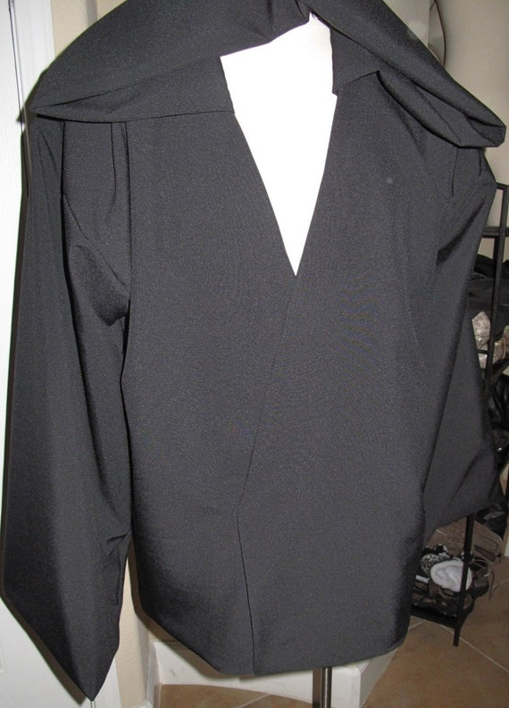 Black Tunic with a deep hood, 1 piece only,can be reproduced in other colors
