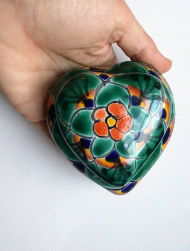 Heart shaped ceramic box Mexican bright hand painted folk craft green blue orange flowers rings treasures trinkets gift present ethnic decor