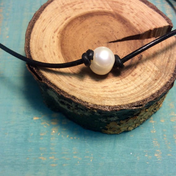 White Pearl Choker Necklace on Black Leather