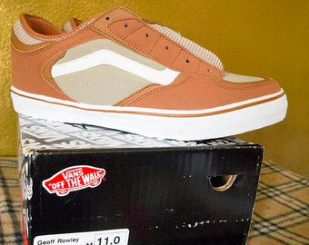 75c474838b OFF THE WALL    True Vintage 90s Vans Geoff Rowley Mens 11 Deadstock  Caramel Tan 1990s Skater Shoes Y2K Thrasher Punk Supreme 1999