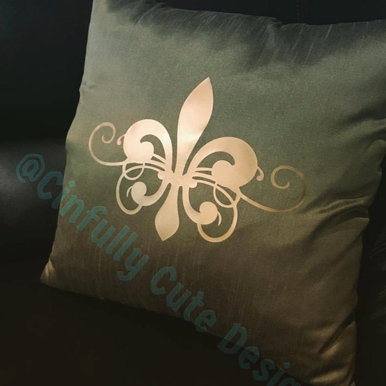 Beautiful Dupioni Silk 18x18 Pillow Cover with Fleur De Lis in image 0