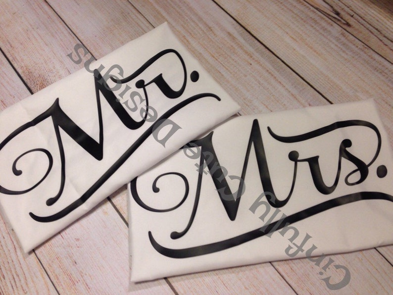 Mr and Mrs Pillowcases  Set of Two image 0
