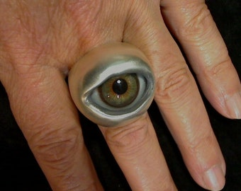 Hazel eye ball ring by rxvrings R056