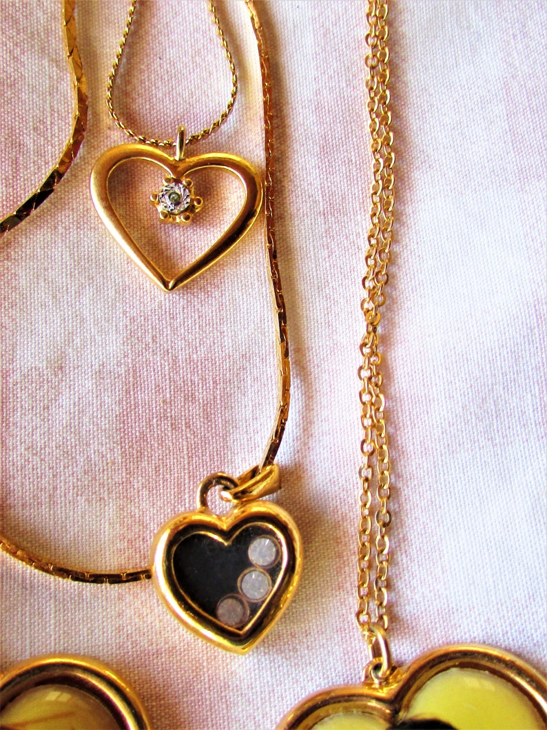 Vintage 1980/'s 90/'s Necklace Lot of Hearts 2 Boyfriend Photo Pendants 2 Rhinestone Studded Heart Necklaces in Gold Tone