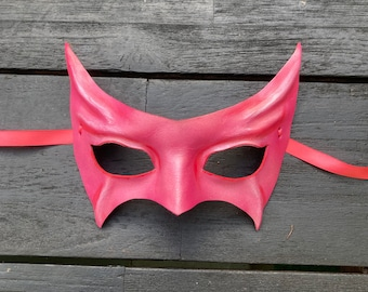 Pink Leather Mask entirely Handcrafted costume Halloween masquerade Men Women Adult simple eye mask cateye