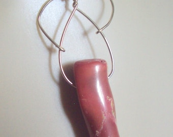 Wirewrapped Pendant Red Coral in 14kt GF